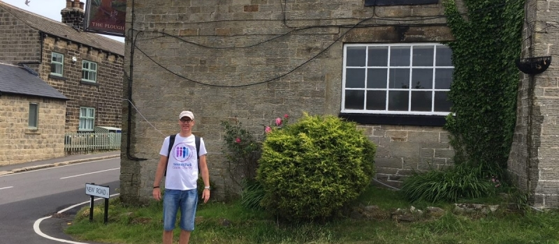 Lifetimer Steve completes 23-mile Acorn Amble – raising cash for charity
