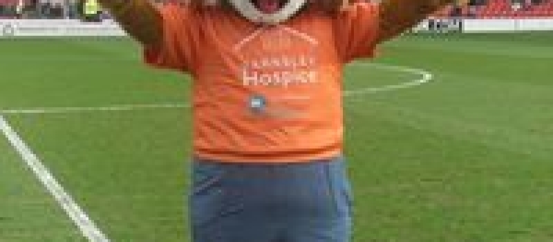 Volunteer required to become Oscar the hospice mascot for Oakwell football fixture